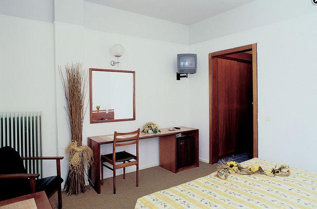 Ammon Zeus Hotel - SGL mountain view